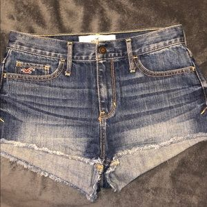 Hollister Jean Shorts Size 3